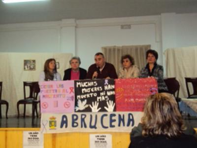 DIA DE LA NO VIOLENCIA. ABRUCENA 2011